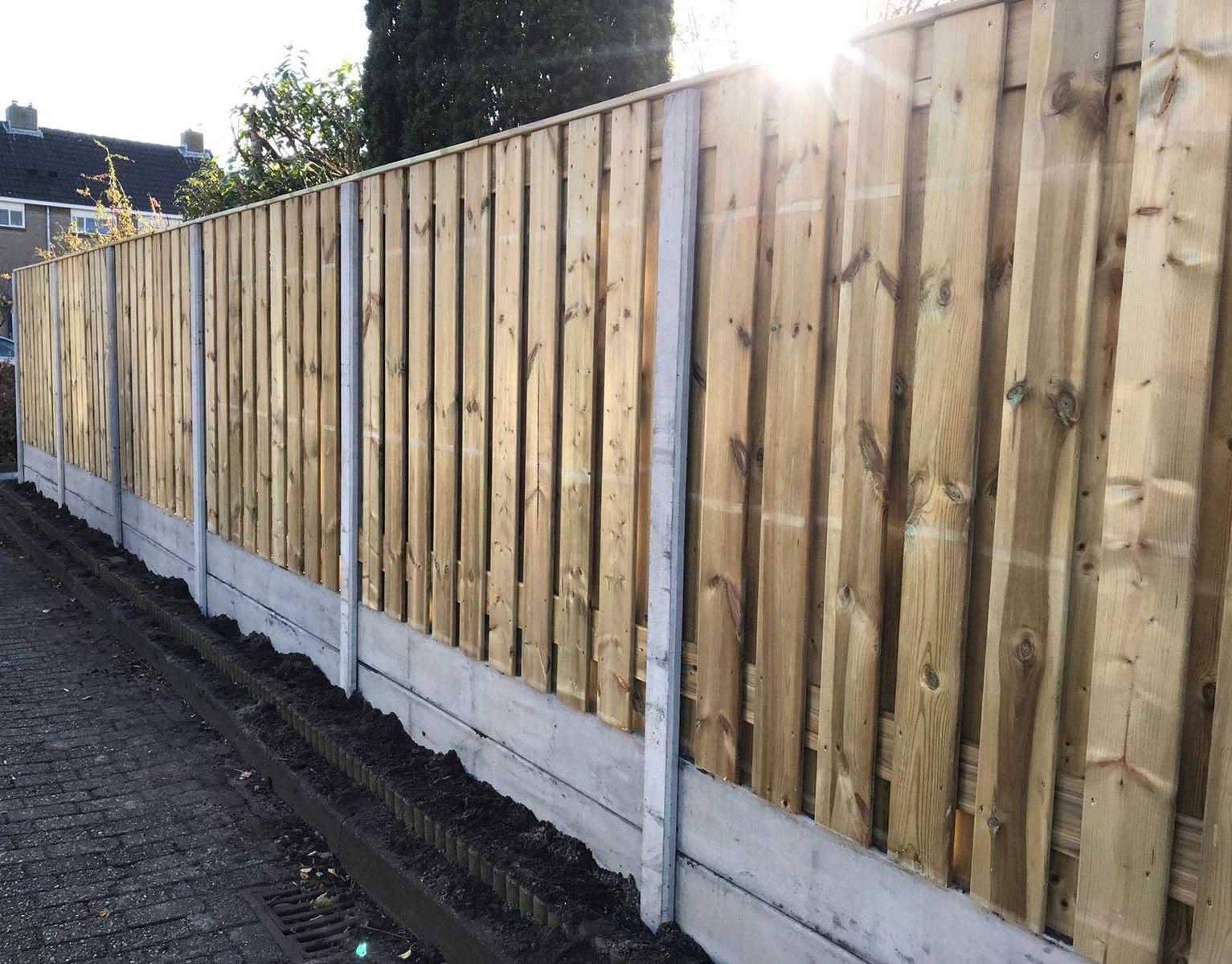 21-planks-grenen-tuinschermen-dubbele-plaat-hoge-schutting
