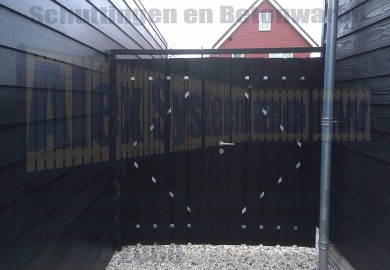 Dubbele poort 2x 100cm breed met zwart gecoat hout