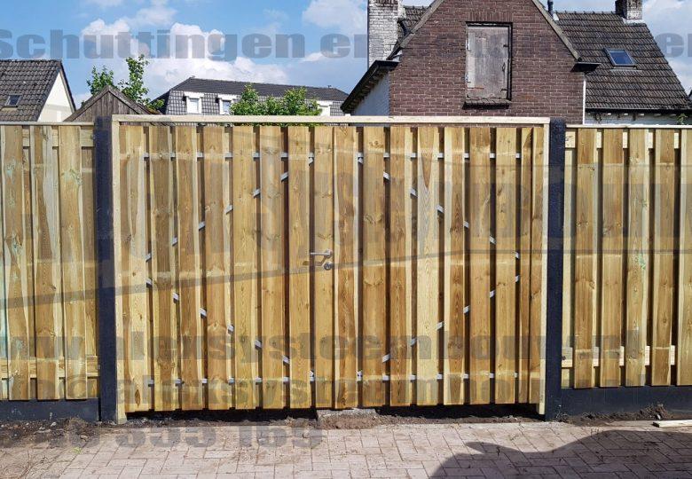 Dubbele poort met grenen hout 2x 130cm breed