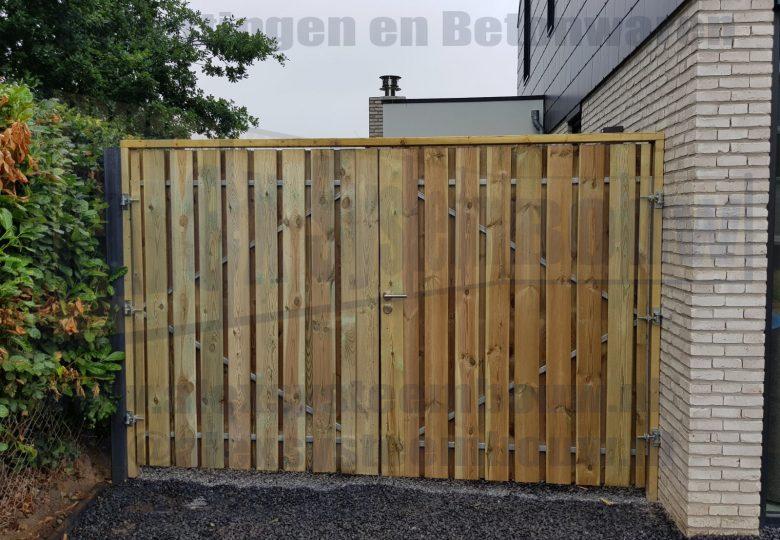 Op maat gemaakte dubbele poort met grenen hout totale breedte 285cm