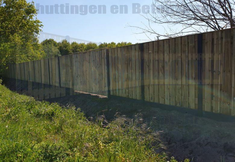 Dubbele poort met grenen hout 2x 120cm breed, tuinschermen 21 planks