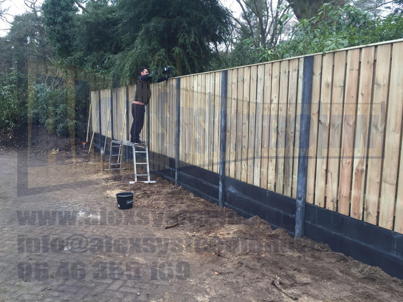 schutting-23-planks-hout-beton-extra-hoog-dubbele-onderplaat