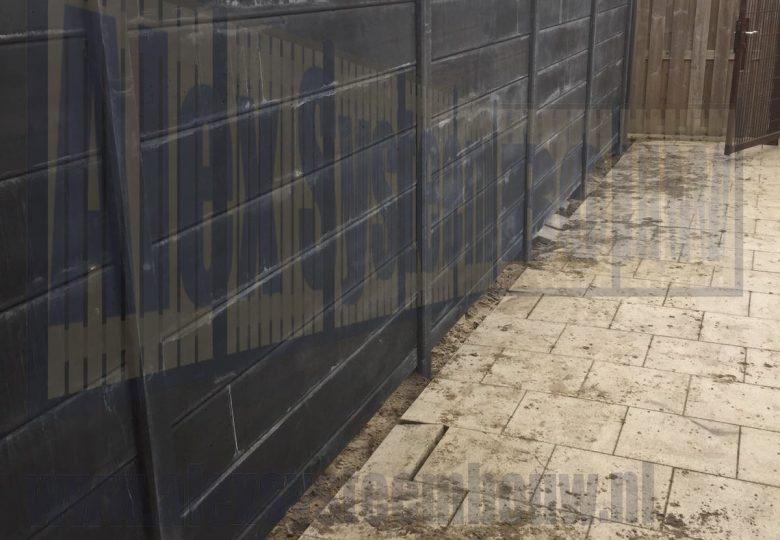 Volledige betonnen schutting met gladde platen