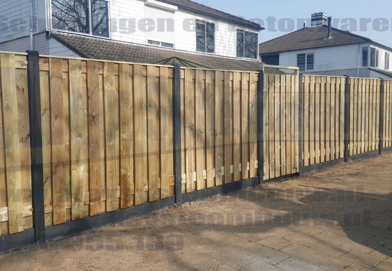 schutting met 19 planks grenen tuinschermen en poort 100cm breed