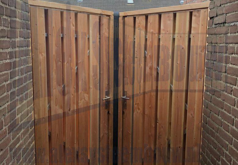 2x enkele poort van 100cm breed met lariks/douglas hout