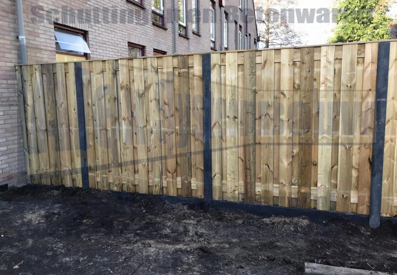 Standaard schutting met 19 planks grenen tuinschermen
