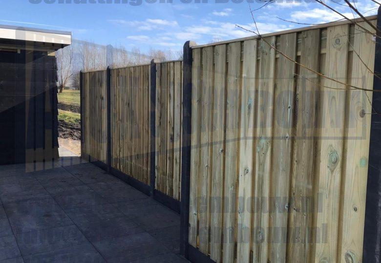 21 planks grenen tuinschermen met kegelkop
