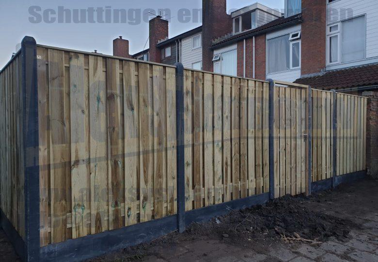21 planks grenen tuinschermen kegelkop met poort